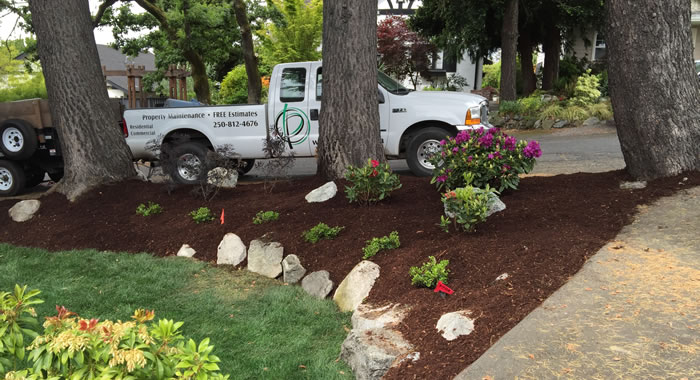 Mulch Spreading and Delivery Services in Sidney, Saanich and Victoria.