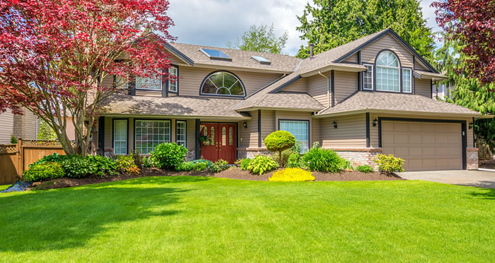 Lawn Care and Landscaping Services in Broadmead BC