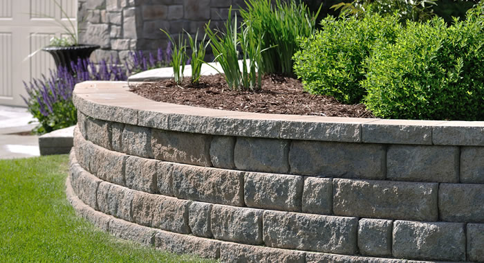 Retaining Wall Builder and Construction